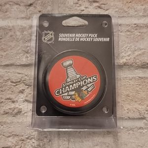 2014 Chicago Blackhawks Stanley Cup Puck